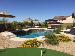 Family friendly Luxury House: 3 Bedroom, Pool, Hot Tub, Putting Green, Fire Pit