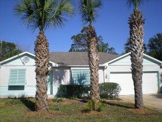 Beautiful Island Style Home, 1 Block to Beach.  Hear the Ocean