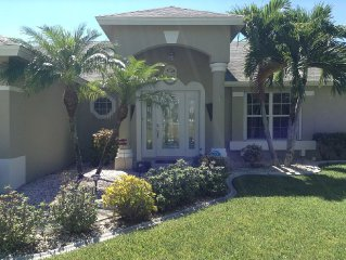 Villa South Palms - Gulf Access Canal Home With Southwestern Pool Exposure