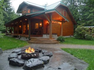 Mt Rainier Premier cabin - Private - Hot Tub - Co