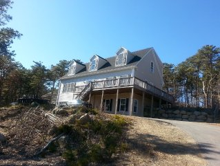 Beautiful, New Hill Top Retreat, Minutes to Provincetown