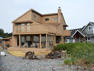 Beach Front Home Private Gorgeous Views Romantic Sunsets Lummi View