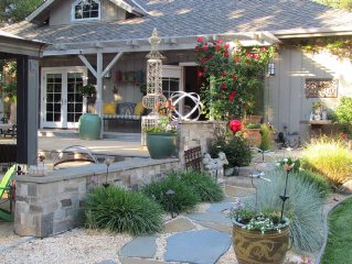 Perfect Hideaway in a Gorgeous Glen Ellen Cottage in the Heart of Sonoma Valley
