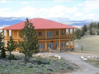 Large Mountain Top Home-Sleeps 14.  Views of 3 mountain ranges  - 3100sq foot
