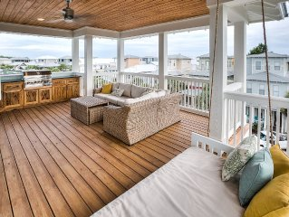 30A Vacay~Seagrass Cottage~AMAZING OUTDOOR SPACE W GULF VIEWS! 4 Bikes Included!
