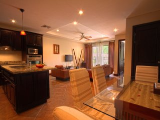 Gorgeous luxury condo in beautiful Jaco Beach! Cheaper rates for longer stays!