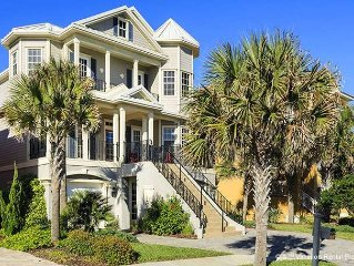 5 Bedroom Luxury Gated Ocean View Home with Amenities