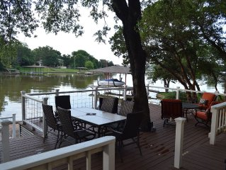 Relaxing Lakefront Get Away at Casa de Lago