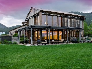 Luxurious 60 Acre Ranch Compound In The Heart Of Beautiful Bridger Canyon