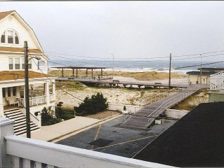 ***See The Ocean From Every Room*** 7 Bedrooms/3rd House From Beach/Boardwalk