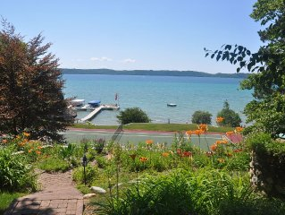 Beautiful Torch Lake With Sunset Views, Tennis Court, Large Decks, Gentle Breeze