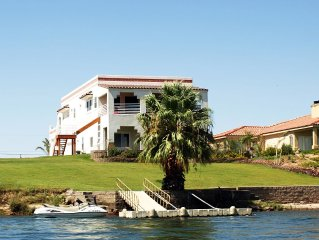 River House on the Water! -- Bring Your Water Toys!  Large Home, Family Oriented