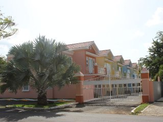 Brand New, Fully Furnished 3 Bedroom/2.5 Bathroom Home 5min From The Airport