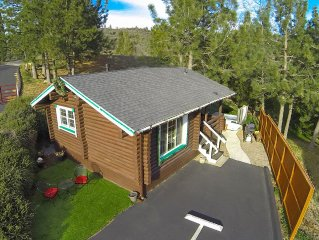 COLEMAN CREEK- AUTHENTIC LOG-CABIN + SPA + FOREST VIEWS