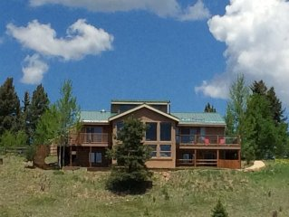 Luxury Mountain Home w/Pikes Peak views on 4 ac! Perfect for families & friends!