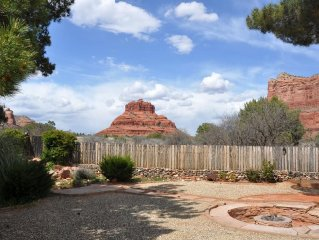 Trails and unobstructed panoramic views out the back yard!