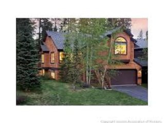 Peak 8 Park Forest Luxury Mountain Chalet - Very Close To Slopes!