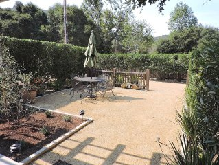 Mid Carmel Valley Guest Cottage Great Secluded Location with Private Driveway