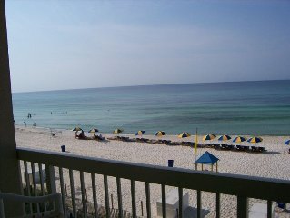 Great Views! Beach Chairs! Low Floor!