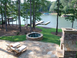 Gorgeous Family Friendly Lake Home in Reynolds Plantation