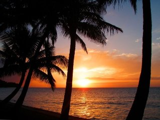 QUIET North Shore Getaway!  DIRECT BEACHFRONT COTTAGE!