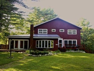 Cozy 12 BR Lodge in the Maine Woods