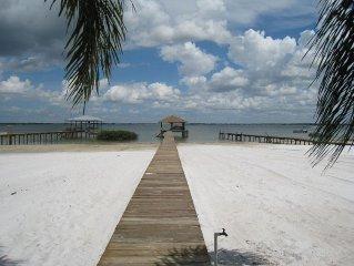 5 Bedroom Lakefront Home on Lake Placid - Sleeps 12 in Luxury