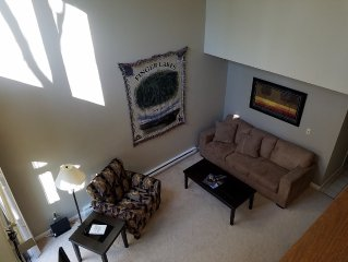 SKI SEASON/SPECIAL RATES MINUTES FROM BRISTOL MOUNTAIN 2BDRM/2BATH TOWNHOME