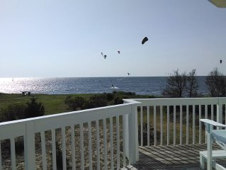 OBX Beach House + Bikes-Paddle Boards-Kayaks-Beach Chairs-AC-Cable TV-Free WiFi