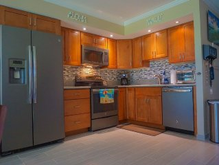 $99/Night Special!! Completely Remodeled Condo Best Deal on Maui