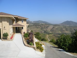San Diego (Fallbrook) Extreme View Mountain Top Property