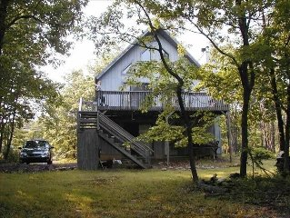Immaculate Duplex Chalet Near Jack Frost, Big Boulder, Raceway and New Waterpark