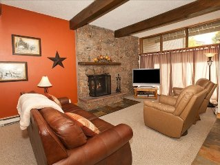 Beautiful Updated 3 Bedroom Condo - Free Private Skier Shuttle