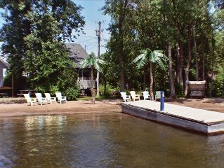 Lure Cottage, Right on the beech. Palm Trees, Free Motor Boat.