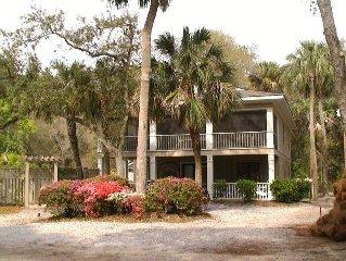 Luxury Home - Sleeps 16 -150 Yards from the Beach!