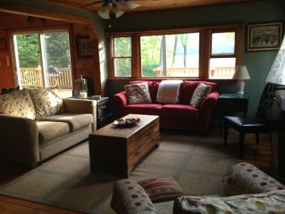Panoramic Mountain Water Views - Lovely Waterfront Cottage Sleeps 6