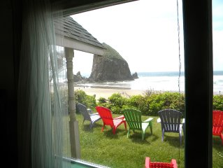 Beautiful Ocean Front Haystack Rock View