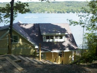 Beautiful house - 125' of Gorgeous Waterfront - Large Level Yard