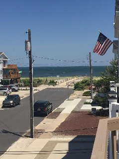 Perfect Location In Townsend's Inlet---- True Beach Block.   4 Br/2 Full Bath