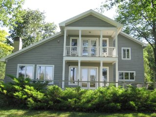 Charming Beachfront Vacation Home On Crystal Lake - Booking SS '20