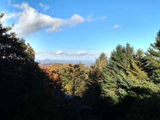 Gorgeous View, Close To ASU, Gated Community, Downtown Boone 5 Minutes