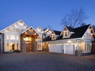 Newly Furnished Luxurious & Breathtaking 7 Br /4.5 Ba, House