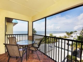 Estero Sands Top Floor Beachfront 2 BR/2 BA Condo Fort Myers Beach Wkly Rental