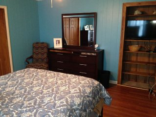 Ocracoke Retreat in the Heart of the Village. Efficiency for Rent