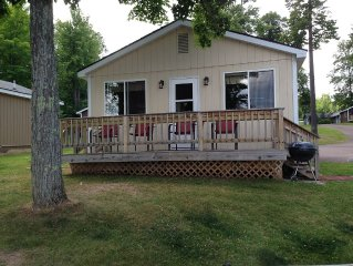 2 Bedroom Cabin On The Shore Of Lake Gogebic.