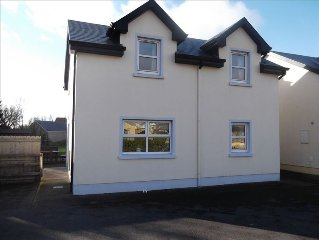 Beautiful 4 Bedroomed Holiday Home in Lahinch, Co Clare