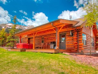 7 Day Summer Cancellation/Cowboy Heaven Cabin/Upgrades/Private Hot Tub/Views