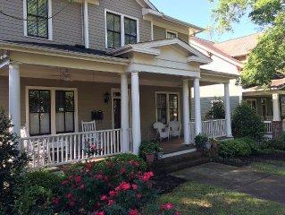 Executive Home In Historic Neighborhood