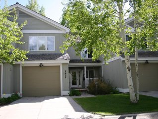 3 Bed, 3.5 Bath Townhome Close To Everything In Jackson Hole