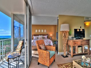 Gorgeous, Two Bedroom Condo With Amazing Views And Free WiFi!